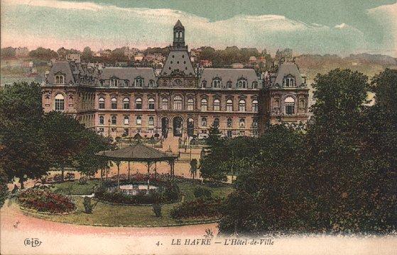 Carte postale ancienne Hotel de Ville Le Havre 1859-1944 au Havre