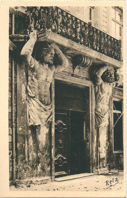 Carte postale ancienne Aix en Provence-Fr-13-vers 1930-l'Hôtel d'Espagnet-les Cariatides à Aix-en-Provence