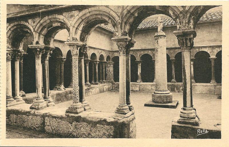 Carte postale ancienne Aix en Provence-Fr-13-vers 1930-la cathédrale Saint Sauveur-le cloitre à Aix-en-Provence