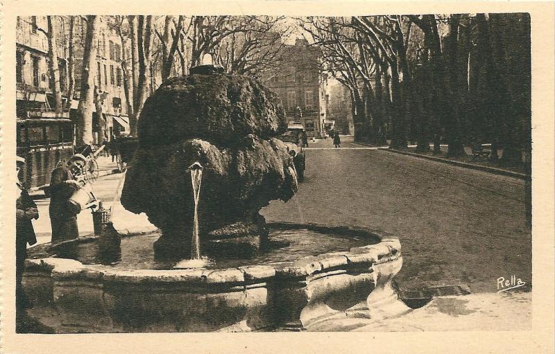 Carte postale ancienne La Fontaine Chaude à Aix-en-Provence