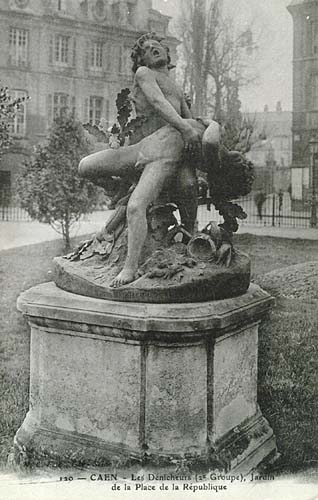 Carte postale ancienne Enfants dénicheurs mordus par des serpents Caen à Caen