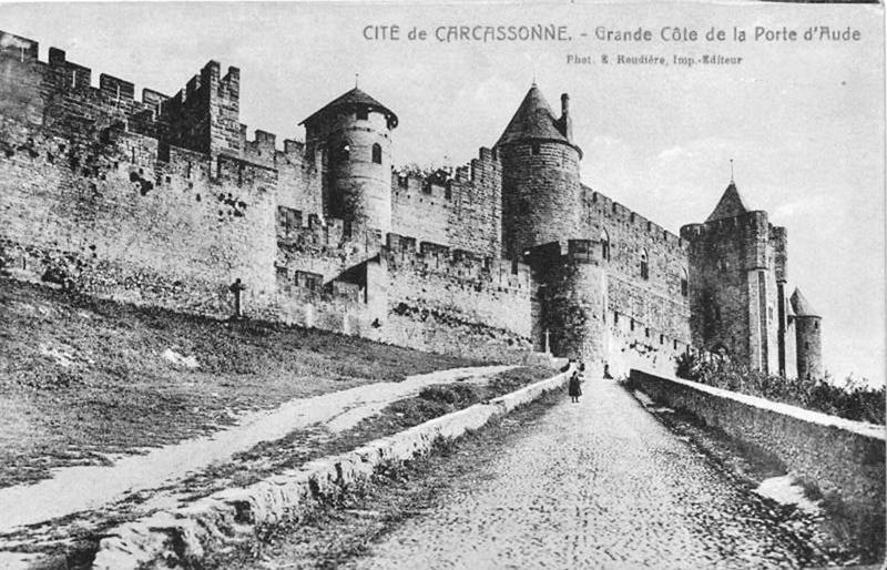 Carte postale ancienne Carcassonne porte aude 1828 à Carcassonne