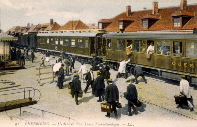 Carte postale ancienne Cherbourg - Arrivée d'un train transatlantique à Cherbourg-en-Cotentin