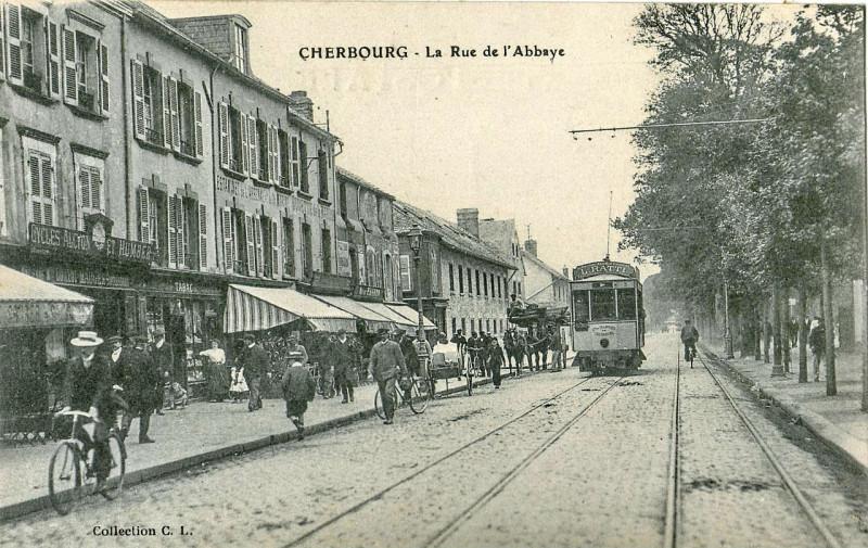 Carte postale ancienne Cl - Cherbourg - La Rue de l'Abbaye à Cherbourg-en-Cotentin