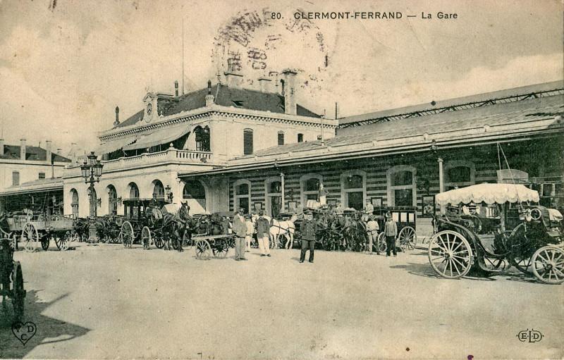 Carte postale ancienne Clermont Ferrand - La gare à Clermont-Ferrand