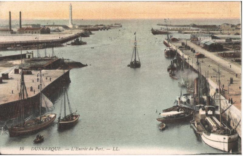 Carte postale ancienne Postcard- Dunkerque - Dunkerque - L'Entree du Port, sent April 1915  à Dunkerque