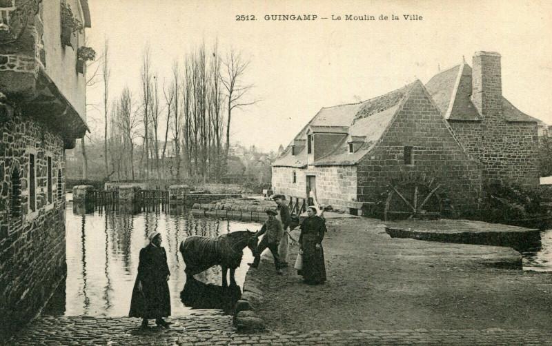 Carte postale ancienne Moulin de la Ville, Guingamp à Grâces