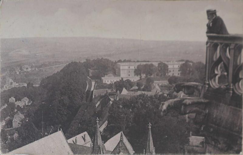 Carte postale ancienne Carte postale citadelle et cathédrale à Laon