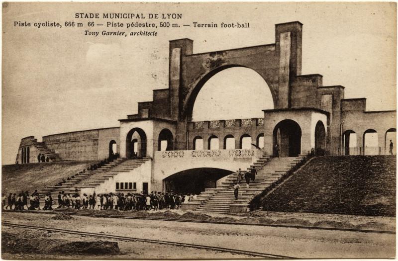 Carte postale ancienne 4FI-7 - Carte postale Stade municipal de Lyon - Tony Garnier (1914) à Lyon
