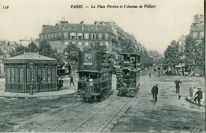 Carte postale ancienne La Place Péreire et l'Avenue de Villiers à Paris 17e