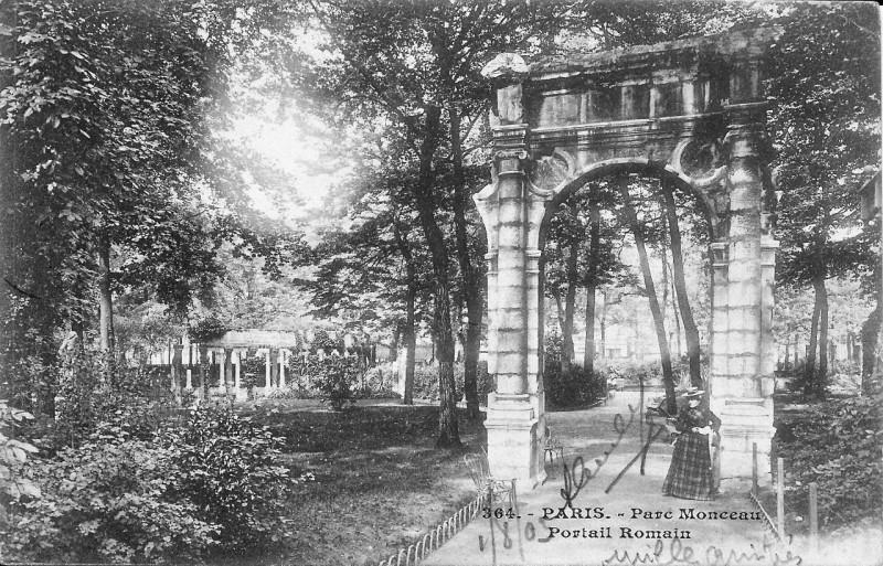 Carte postale ancienne Paris-Parc Monceau-Portail Romain-364 à Paris 8e