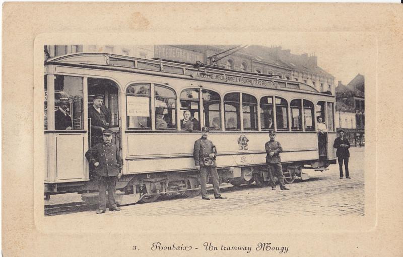 Carte postale ancienne Un tramway Mougy à Roubaix