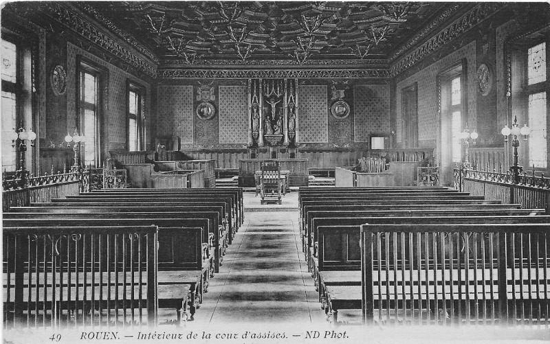 Carte postale ancienne Intérieur de la cour d'assises à Rouen