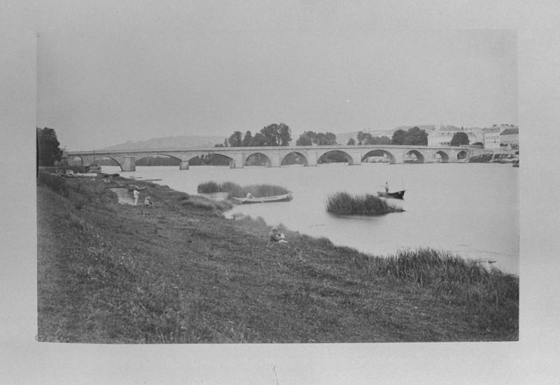 Carte postale ancienne Grand pont de Meulan-b à