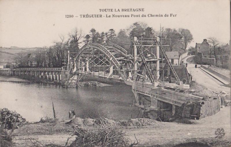 Carte postale ancienne Tréguier - Le nouveau pont de chemin de fer à Tréguier