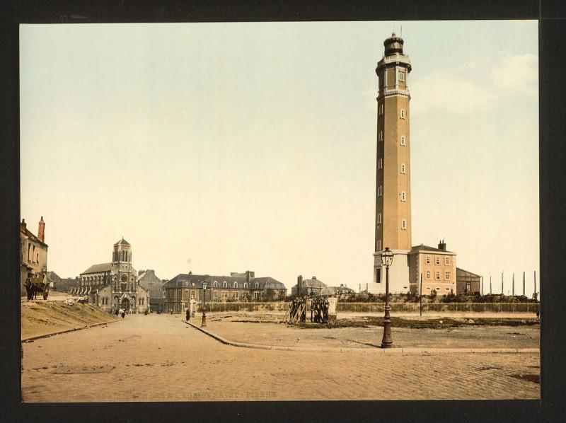 Carte postale ancienne Lighthouse and St. Peter's church, Calais, France-LCCN2001697613 à