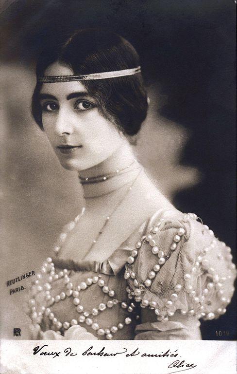 Carte postale ancienne Cleo de Merode with dance dress-Reutlinger-1901 à