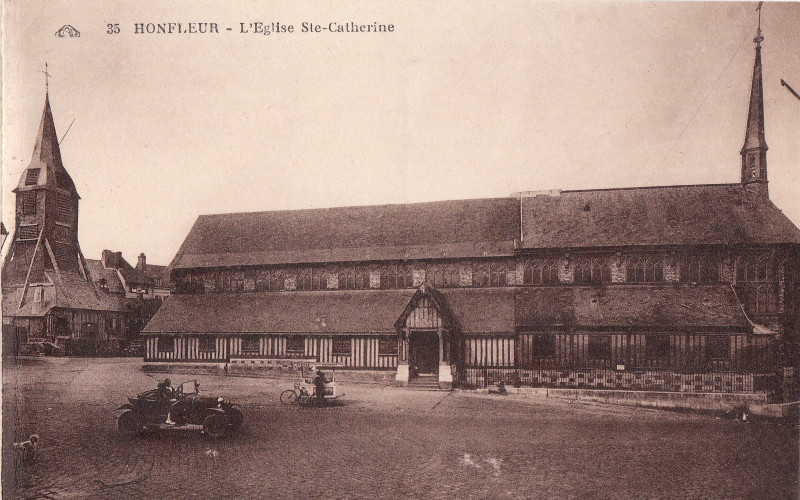Carte postale ancienne L'Eglise Sainte-Catherine à Honfleur