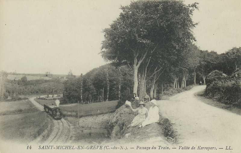 Carte postale ancienne CdN - train à st-michel à