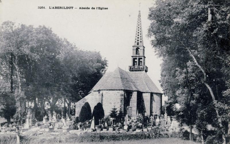 Carte postale ancienne Lanildut église 1910 à Lanildut
