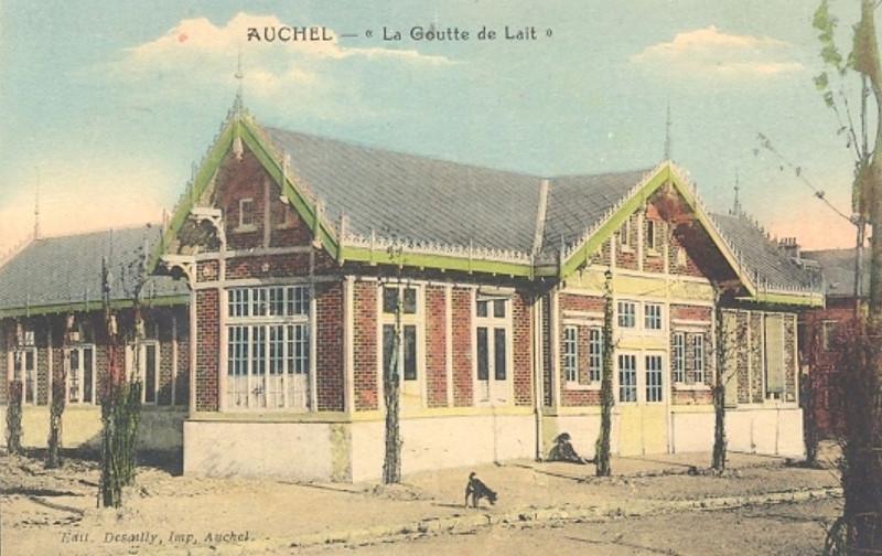 Carte postale ancienne Auchel - Goutte de Lait (B) à Auchel