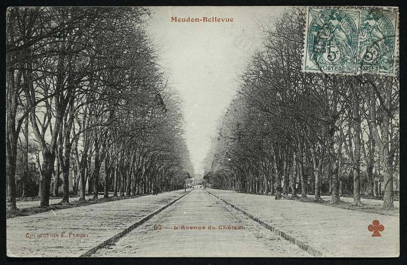 Carte postale ancienne Carte postale - Meudon - Meudon-Bellevue - L'Avenue du Château à Meudon