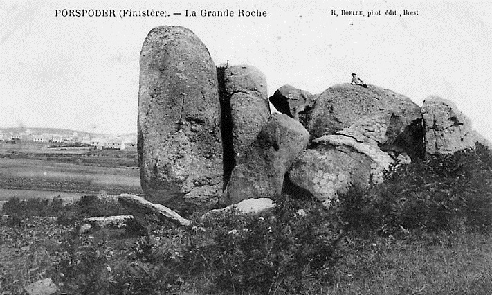 Carte postale ancienne Porspoder La Grande Roche à Porspoder