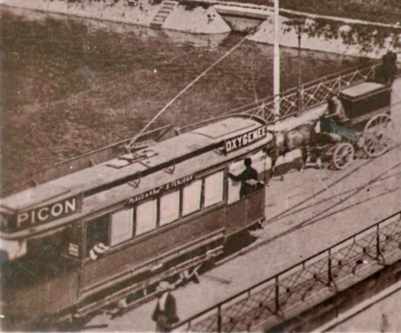 Carte postale ancienne Ll 16 - Besancon - Le Pont Battant - Entrée de la Grande-Rue (Détail) à Besançon