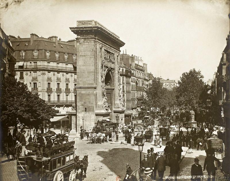 Carte postale ancienne Léon & Lévy, Boulevard et porte Saint-Denis, c. 1889 02 à Paris 2e