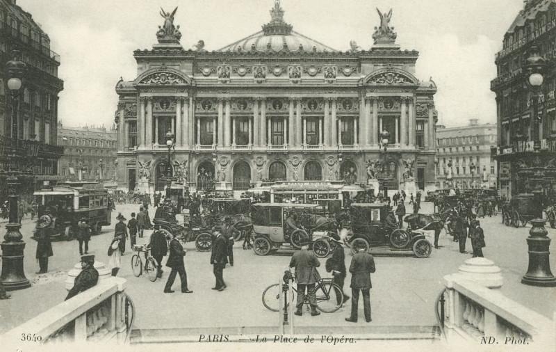 Carte postale ancienne Neurdein et Cie, Paris – La Place de l'Opéra, ca. 1916 à Paris 2e
