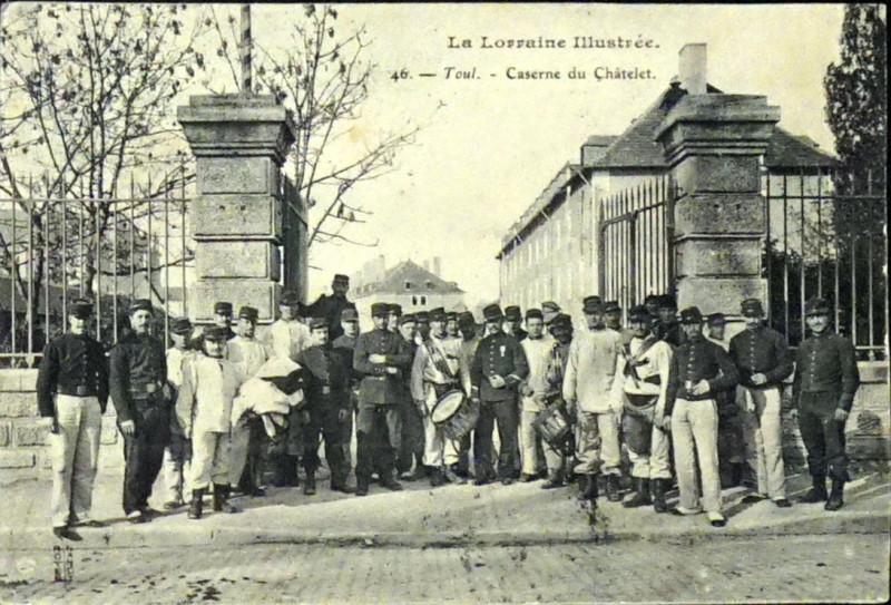Carte postale ancienne Caserne du chatelet 75185 à Toul