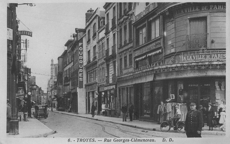 Carte postale ancienne Troyes-clemenceau à Troyes