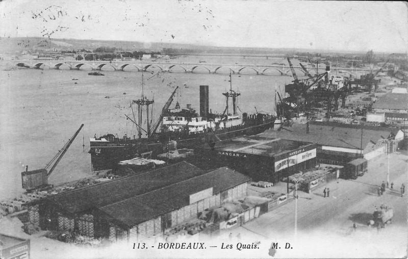 Carte postale ancienne Bordeaux-Les Quais et le pont de pierre vers 1910-Md 113 à Bordeaux