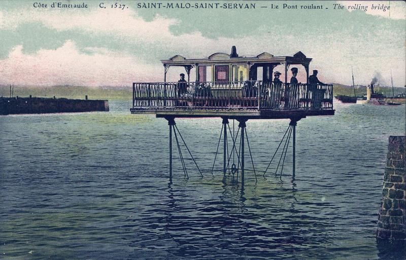 Carte postale ancienne Le Pont roulant à Saint-Malo