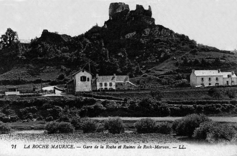 Carte postale ancienne Gare-La-Roche-CPancienne à La Roche-Maurice