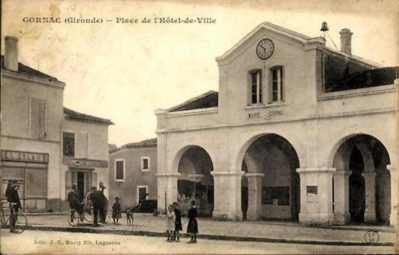 Carte postale ancienne Gornac - Mairie 3 à