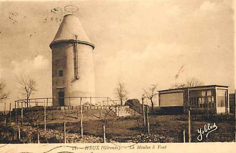 Carte postale ancienne Haux - moulin à vent à