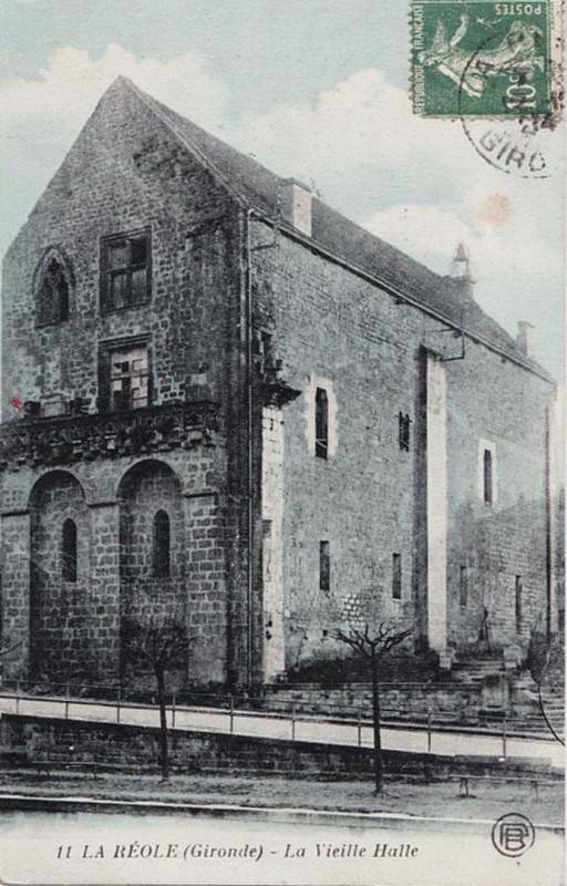 Carte postale ancienne La Réole - ancienne mairie 4 à