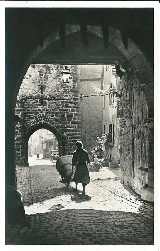 Carte postale ancienne Riquewihr-Fr-68-vers 1935-Porte Haute dedans à Riquewihr
