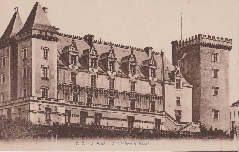 Carte postale ancienne Pau - Le Château National (CP) à Pau