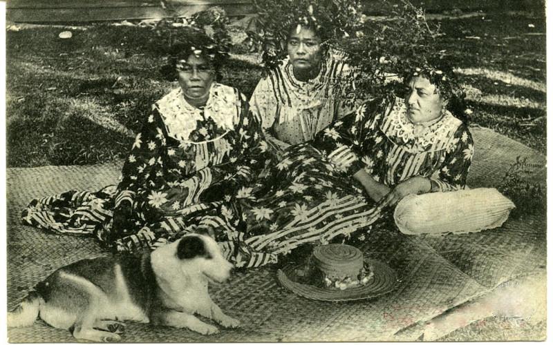 Carte postale ancienne Bora Bora - La Reine Teriimaevarua, Ana'ite à
