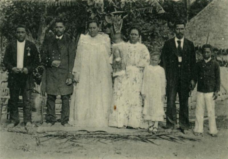 Carte postale ancienne La Famille Royale à Avera à