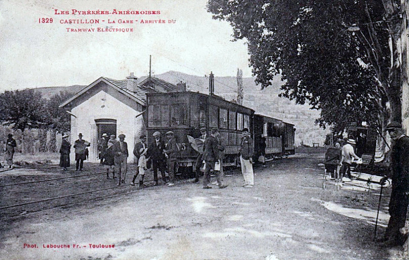 Carte postale ancienne GareCastillonTramElectLabouche1915 à Castillon-en-Couserans