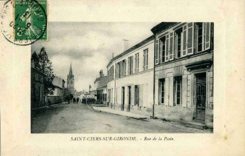 Carte postale ancienne Saint-Ciers-sur-Gironde - rue de la Poste 9 à