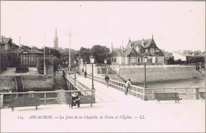 Carte postale ancienne Arcachon - la Jetée de la chapelle 1 à