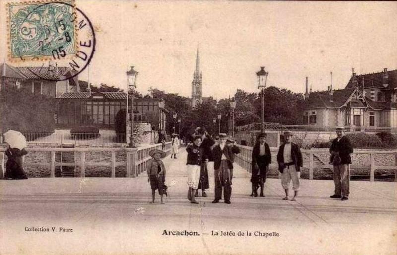 Carte postale ancienne Arcachon - la Jetée de la chapelle 2 à