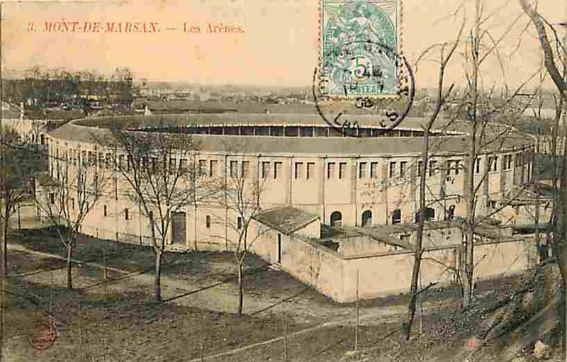 Carte postale ancienne Mont-de-Marsan - Arènes 2 à