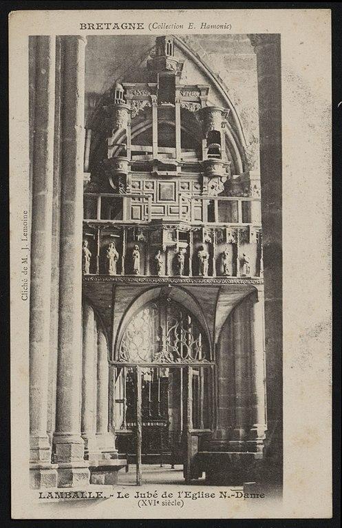 Carte postale ancienne Lamballe - Jubé de l'église Notre-Dame à Lamballe-Armor