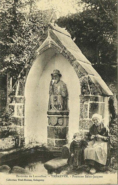 Carte postale ancienne Tréméven - Fontaine Saint-Jacques à Tréméven