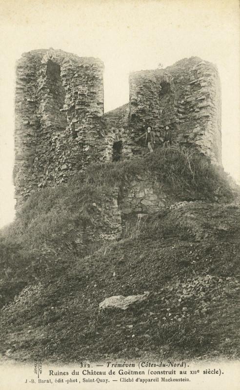 Carte postale ancienne Tréméven - Ruines du château de Coëtmen du XIIe siècle à Tréméven